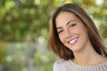 """Amazing job – I'm so pleased with my new smile"" – Jodie"