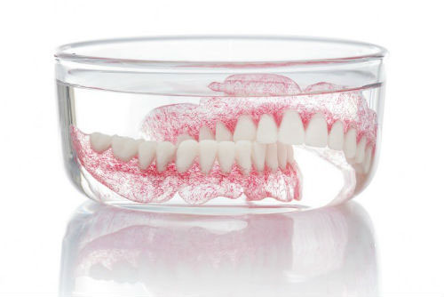 Tips for Cleaning Your Dentures